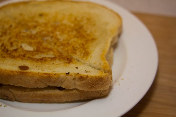 Zesty-Grilled-Cheese-Cut