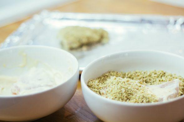 bakedchicken-with-heirloomcarrots-spicyyogurt-13_web