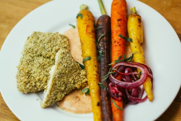 bakedchicken-with-heirloomcarrots-spicyyogurt-21_web