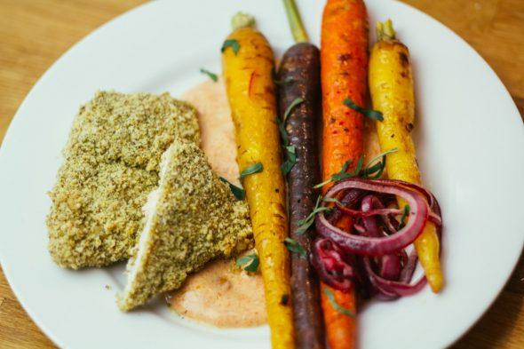bakedchicken-with-heirloomcarrots-spicyyogurt-21_web